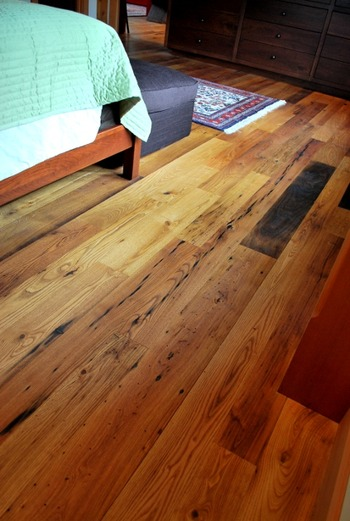 chestnut_flooring_detail