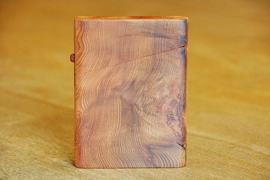 木の名刺入れ:屋久杉