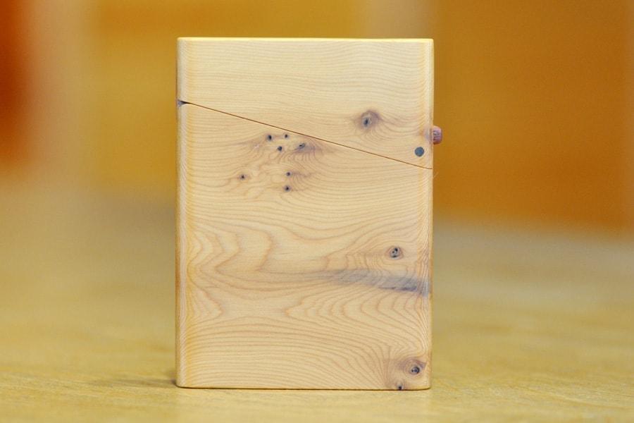 木の名刺入れ:一位(イチイ) No.2