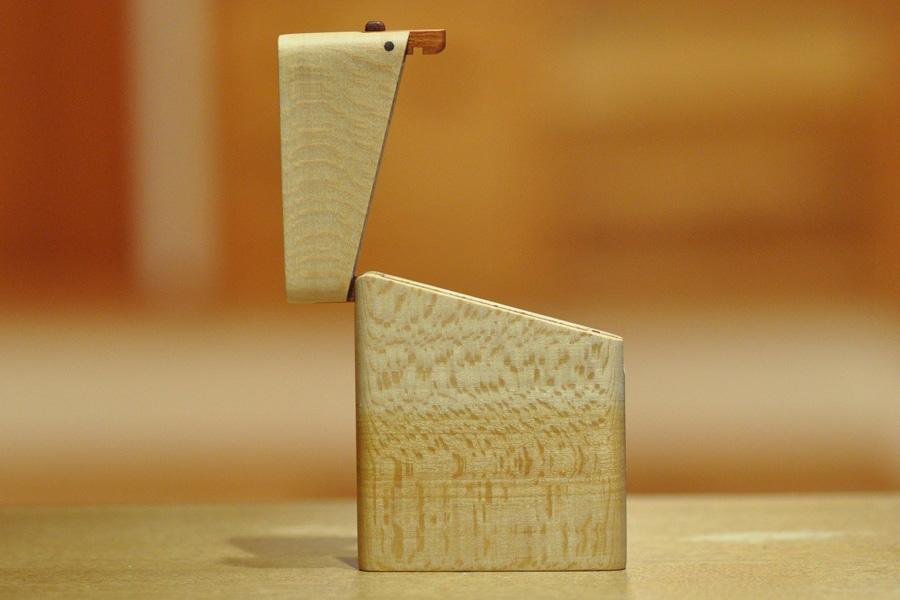木の名刺入れ:シカモア(ヨーロピアンメープル)