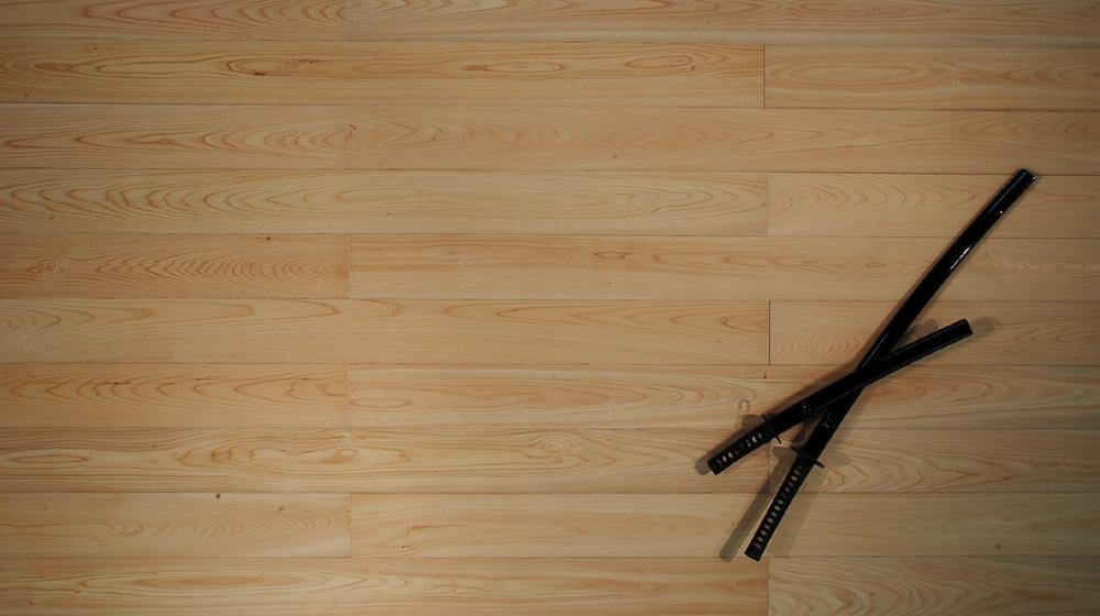国産 木曽檜(ヒノキ)フローリング 品番:KH-01 節無 長さ1820mmx幅140mmx厚さ15mm 6枚入/1.53平米入/ケース 真俯瞰商品画像